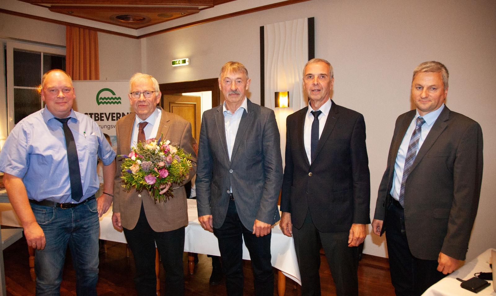 Verabschiedung von Tonius Hertleif (2. vl) und Werner Pohlmann (3.vl)